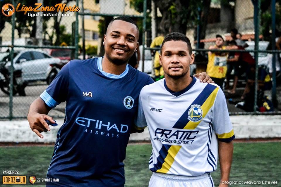 Golden Warriors 1                                                     x                                                         Dois Toques FS 1