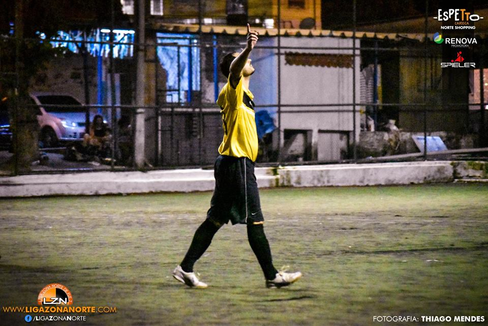 Piratas Neves Club 5                                                             x                                                                 Playarte FC 1