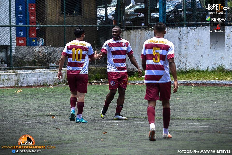 Amigos FC 1                                                     x                                                         Largo das Neves FC 10
